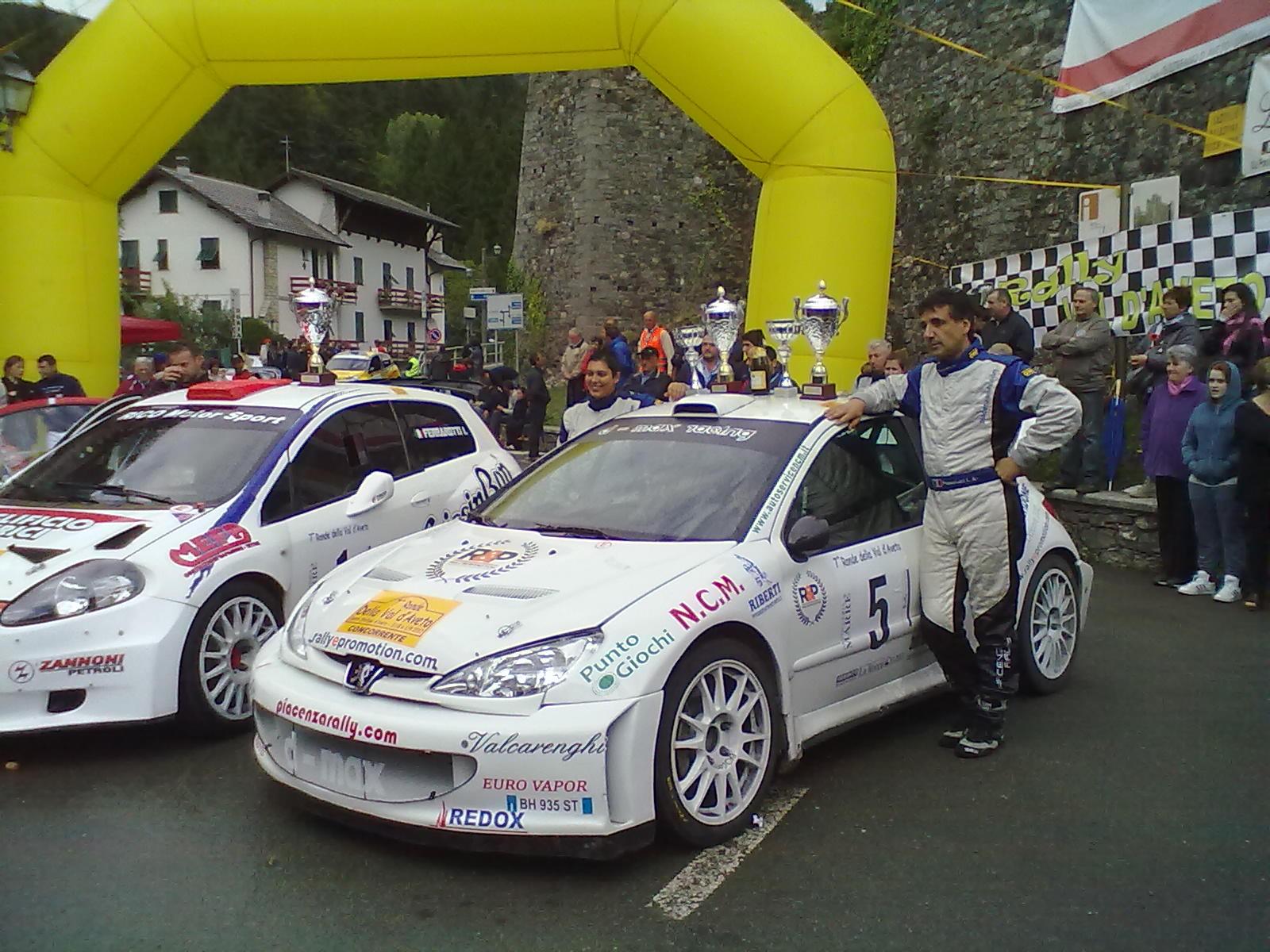 foto-rally-ronde-aveto-0035360142f7a69f.jpg